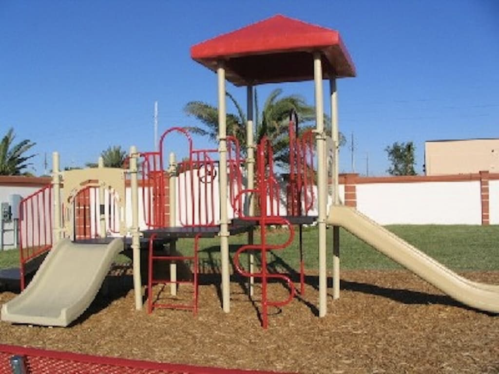 Playground - only 2 doors down