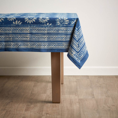 Dabu Daisy Tablecloth