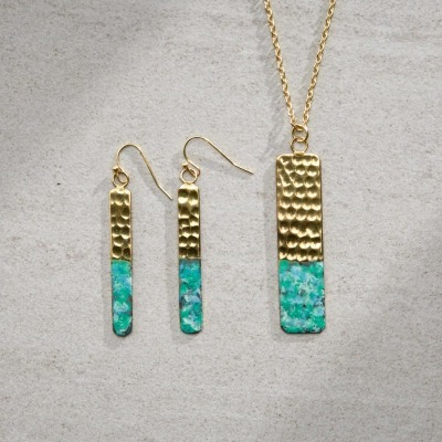 Patala Necklace & Earrings Set