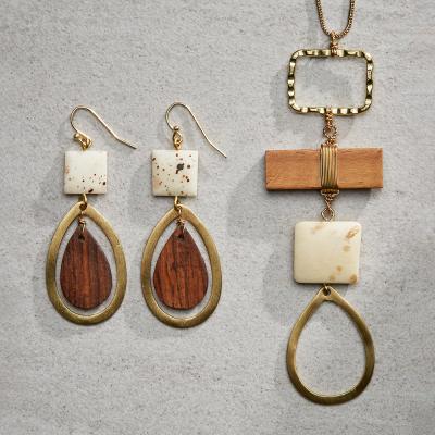 Teardrop Necklace & Earrings Set