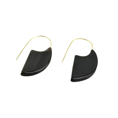 Mod Dark Horn Slice Earring