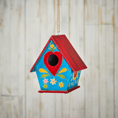 Birdhouses & Feeders