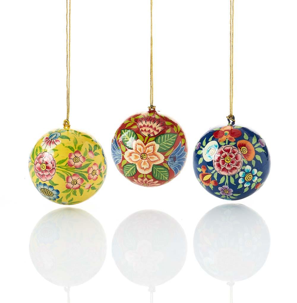 Kashmiri Ball Ornament Set
