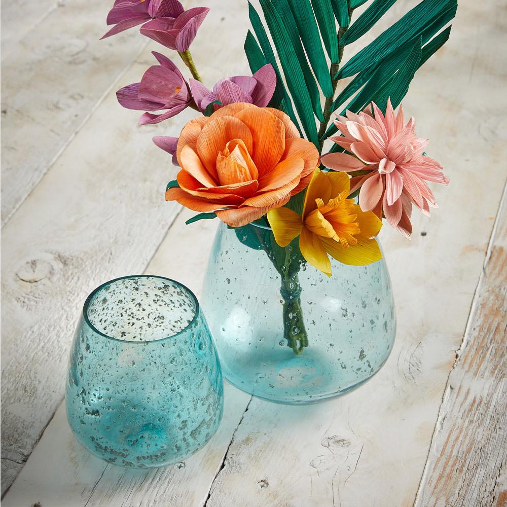 Flowers & Vases