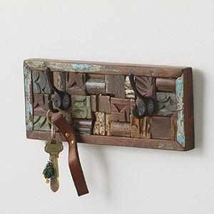 Reclaimed Wood Block Wall Hanger