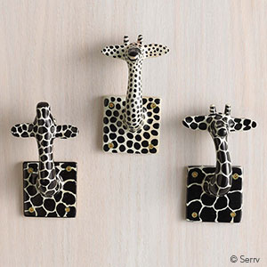 Giraffe wall d cor final sale serrv international for Decor international wholesale