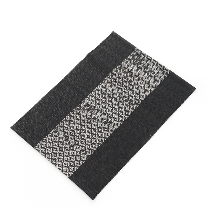 Black & White Madur Kathi Set of 2 Placemats