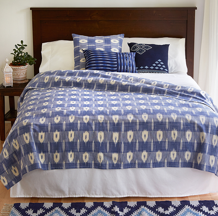 Rugs Amp Pillows Blue Amp White Ikat Accent Pillow