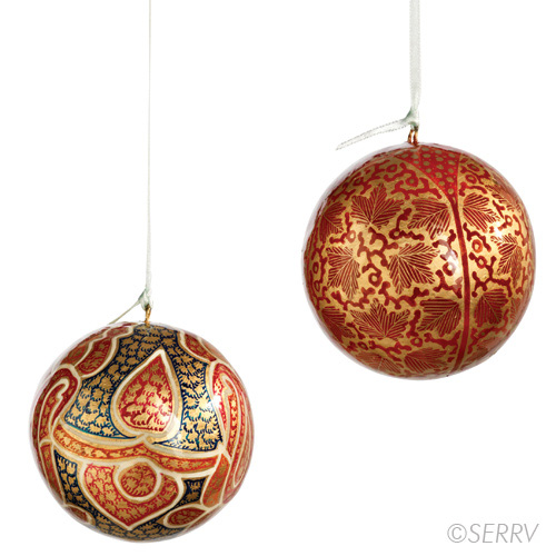 ornaments red and gold ornament set
