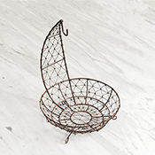 Wire Mesh Footed Fruit Hanger Basket