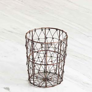 wire mesh utensil holder