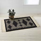stepped diamond rug alt