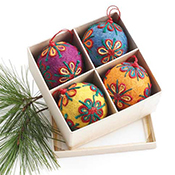 Colorful Jute Ornament Set