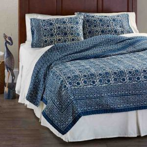 Floral Dabu Cotton Bedding - Queen Quilt