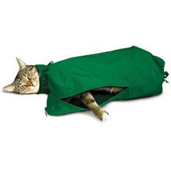 SACK,CAT,SMALL CAT SACK WITH FULL UNDERSIDE ZIP - GREEN