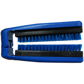 BLUGATOR™  Seatbelt Brush
