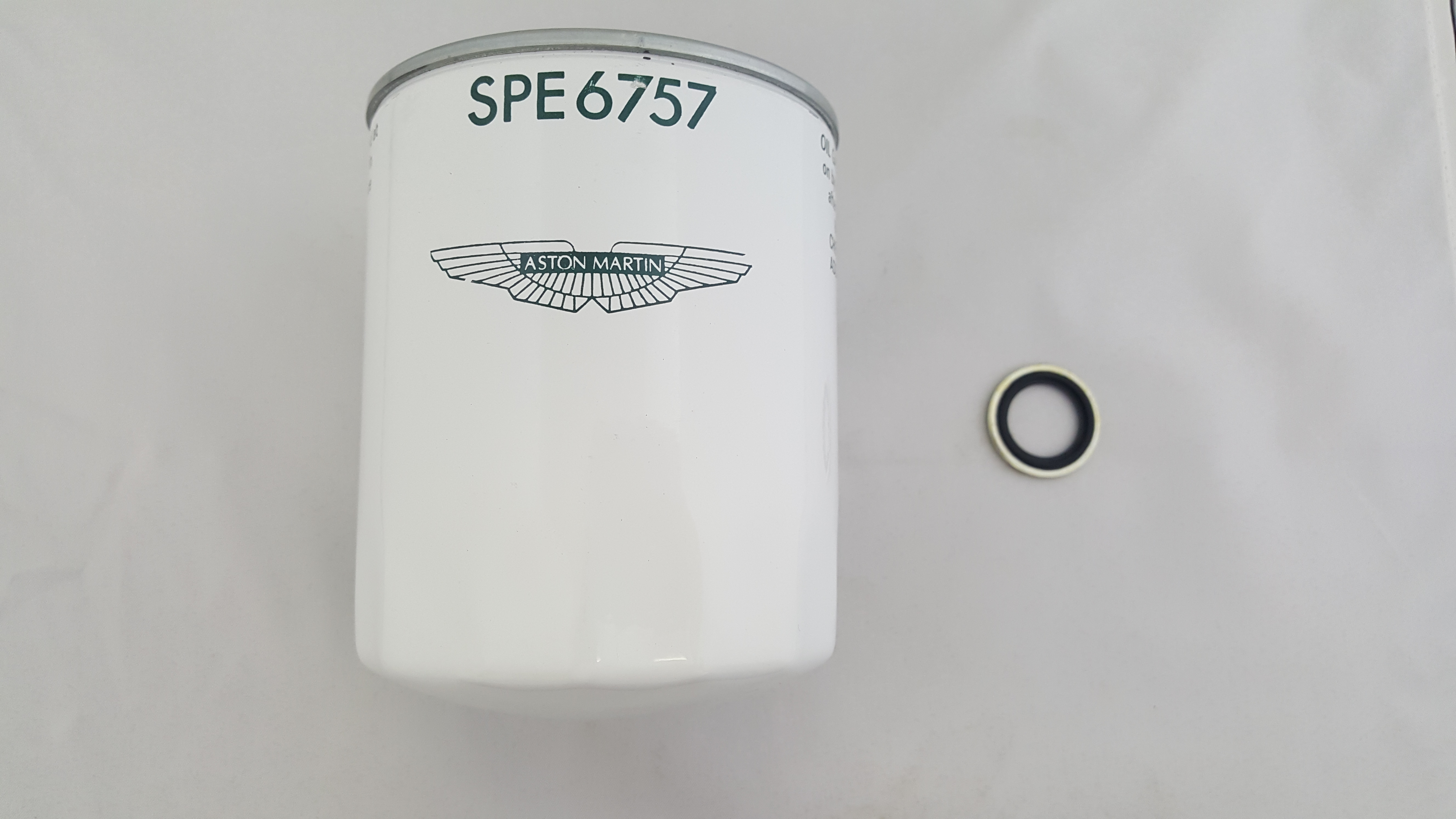 Aston Martin DB7 & DB7 Volante - 6 cylinder Oil Filter Kit