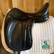 "Equipe Viktoria Dressage Saddle-18""-M Panel +1 Tree-Black"