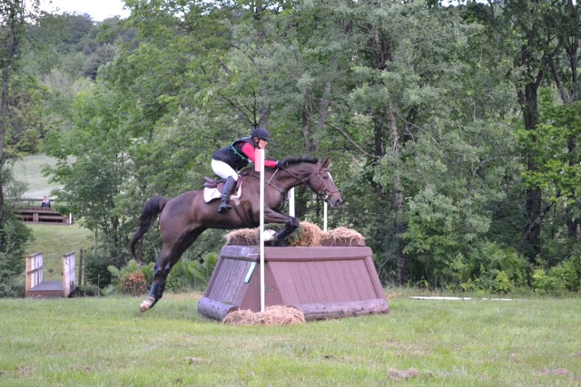 Annie & Captain Lightfoot competing at GMHA OP in Bates Next Generation Deep Seat Jump saddle