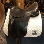 "County Perfection Dressage Saddle-17""-Medium-Black"