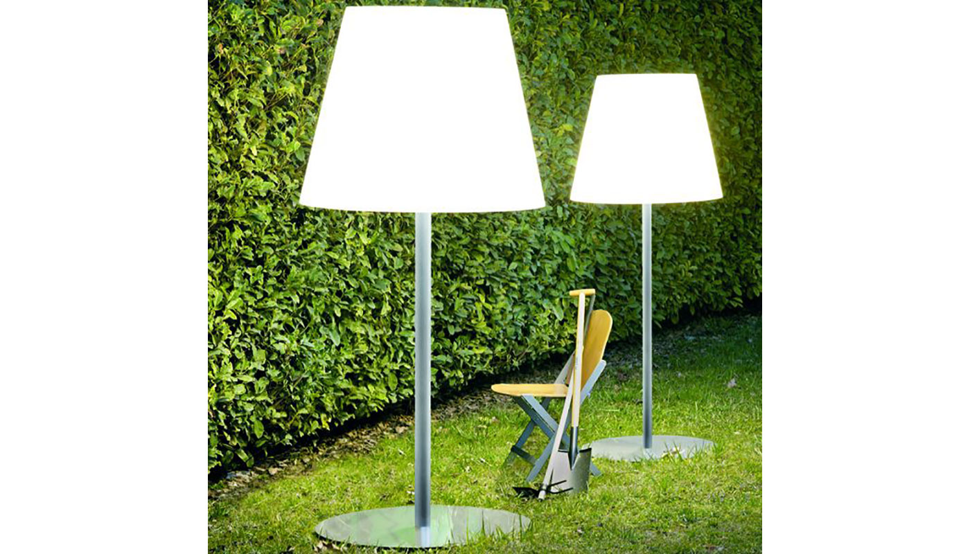 Amax Outdoor Lamp