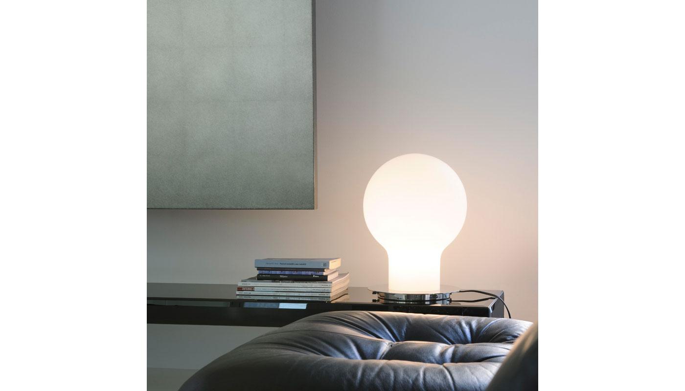 Denq Table Lamp