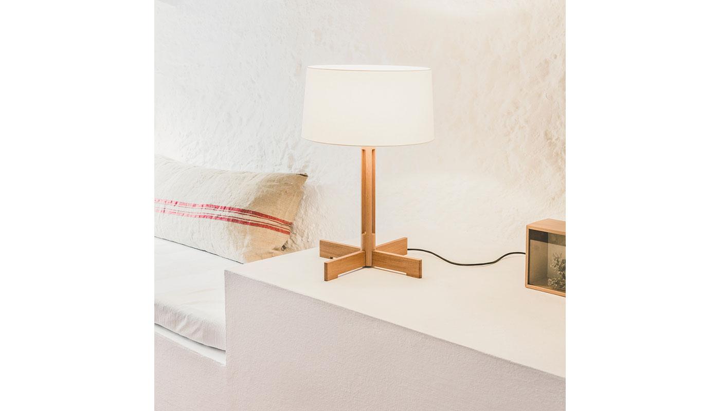 FAD Table Lamp