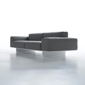 Fin Sofa