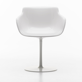 Flow Armchair - Central Leg