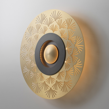 Earth Palm Wall Light