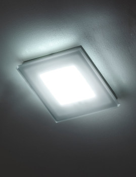 Sole Ceiling Light