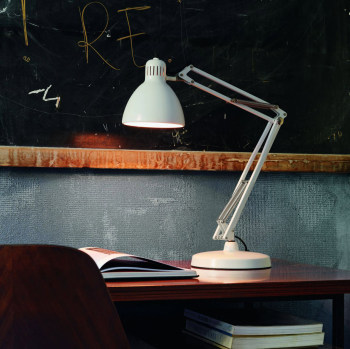 Naska Desk Lamp
