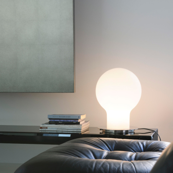 Denq Table Lamp