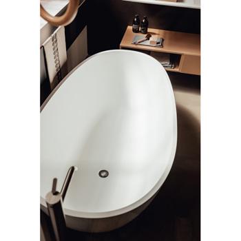 Spoon M Bathtub