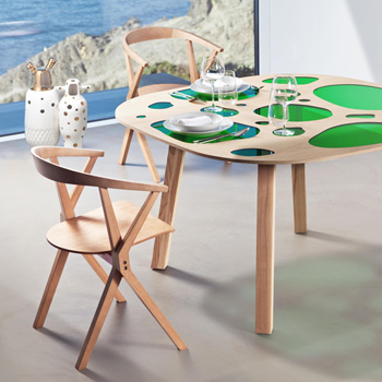 Aquario Dining Table