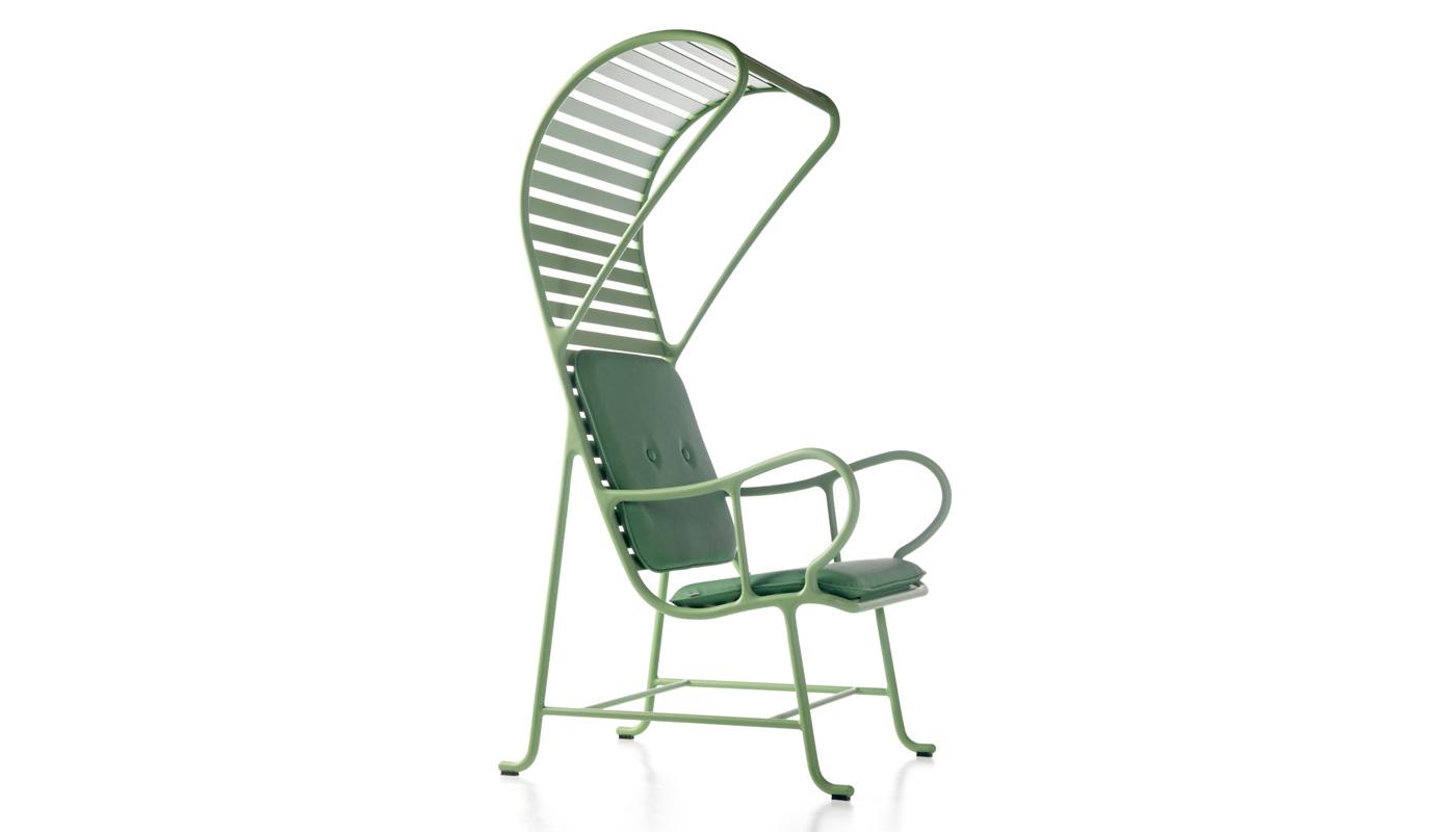 Gardenias Lounge Chair with Pergola