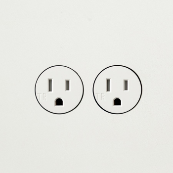 22.5.2 Double Power Outlet - Linear