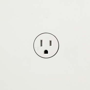 22.5.1 Power Outlet
