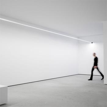 Flash Wall Light