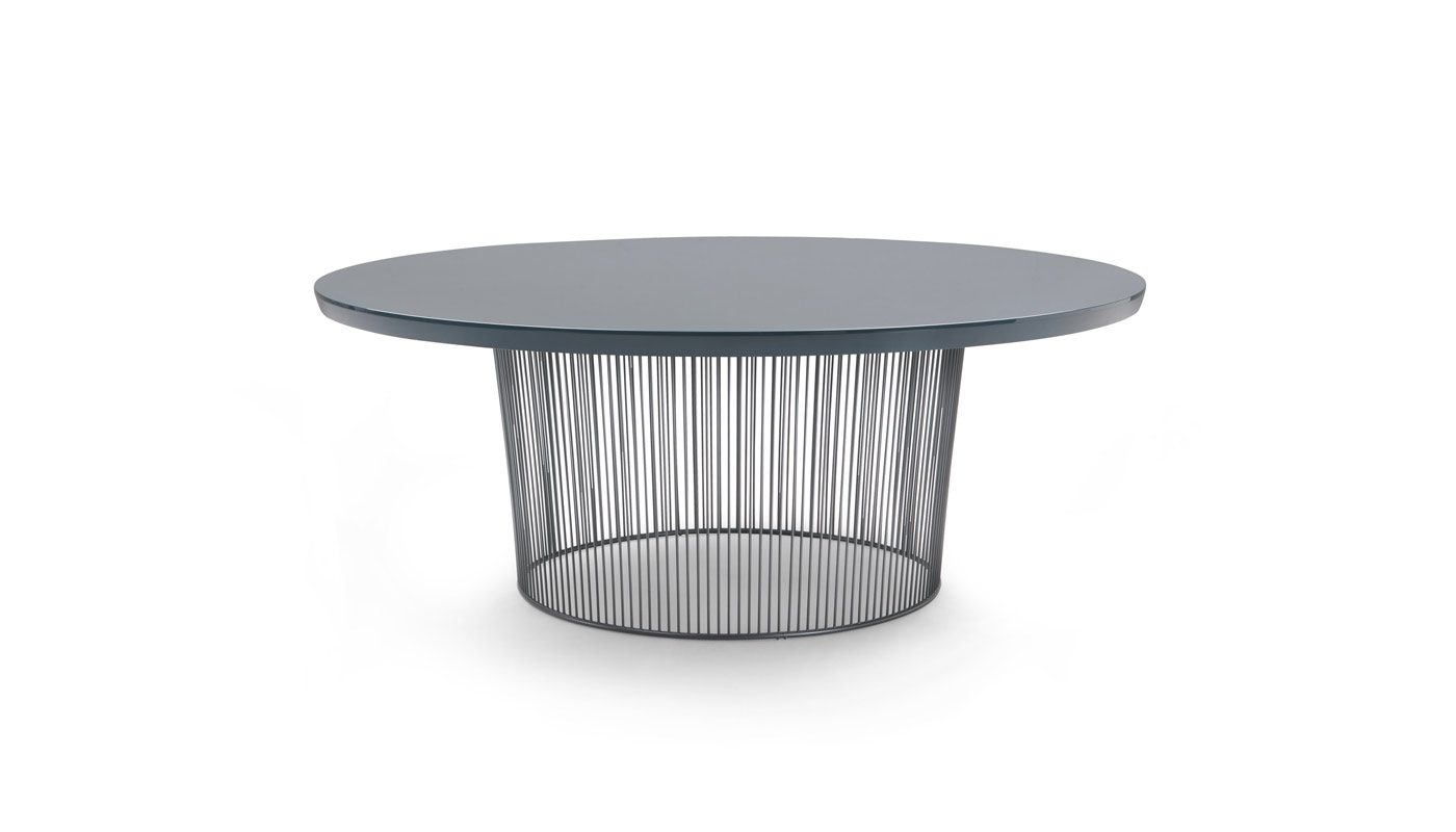 Berry Dining Table