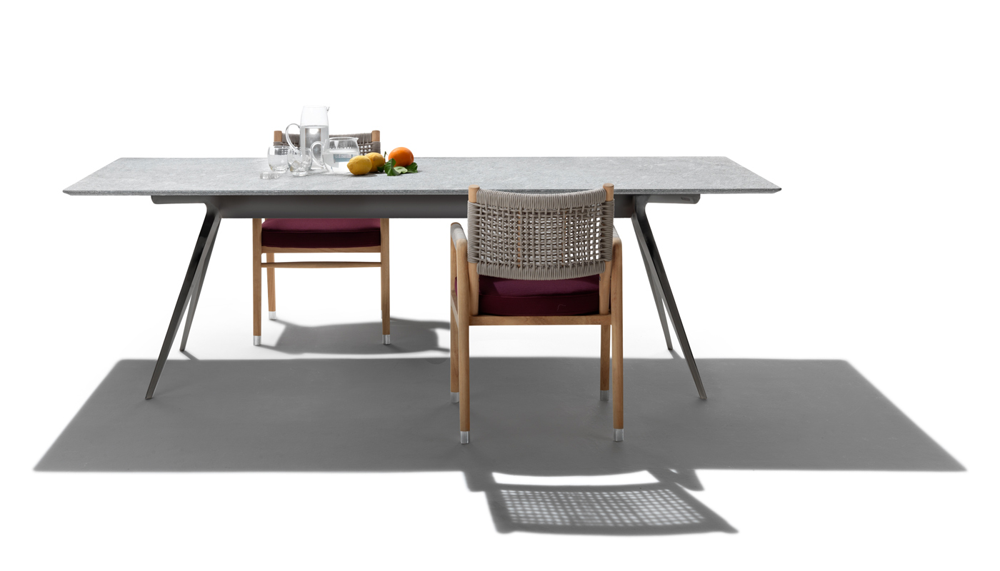 Zefiro Outdoor Dining Table