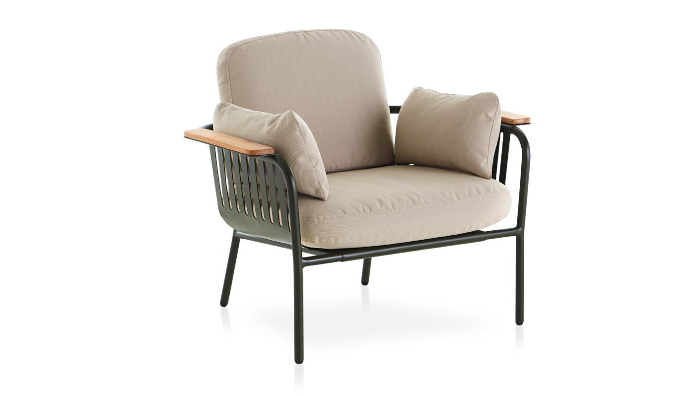 Capa Lounge Chair