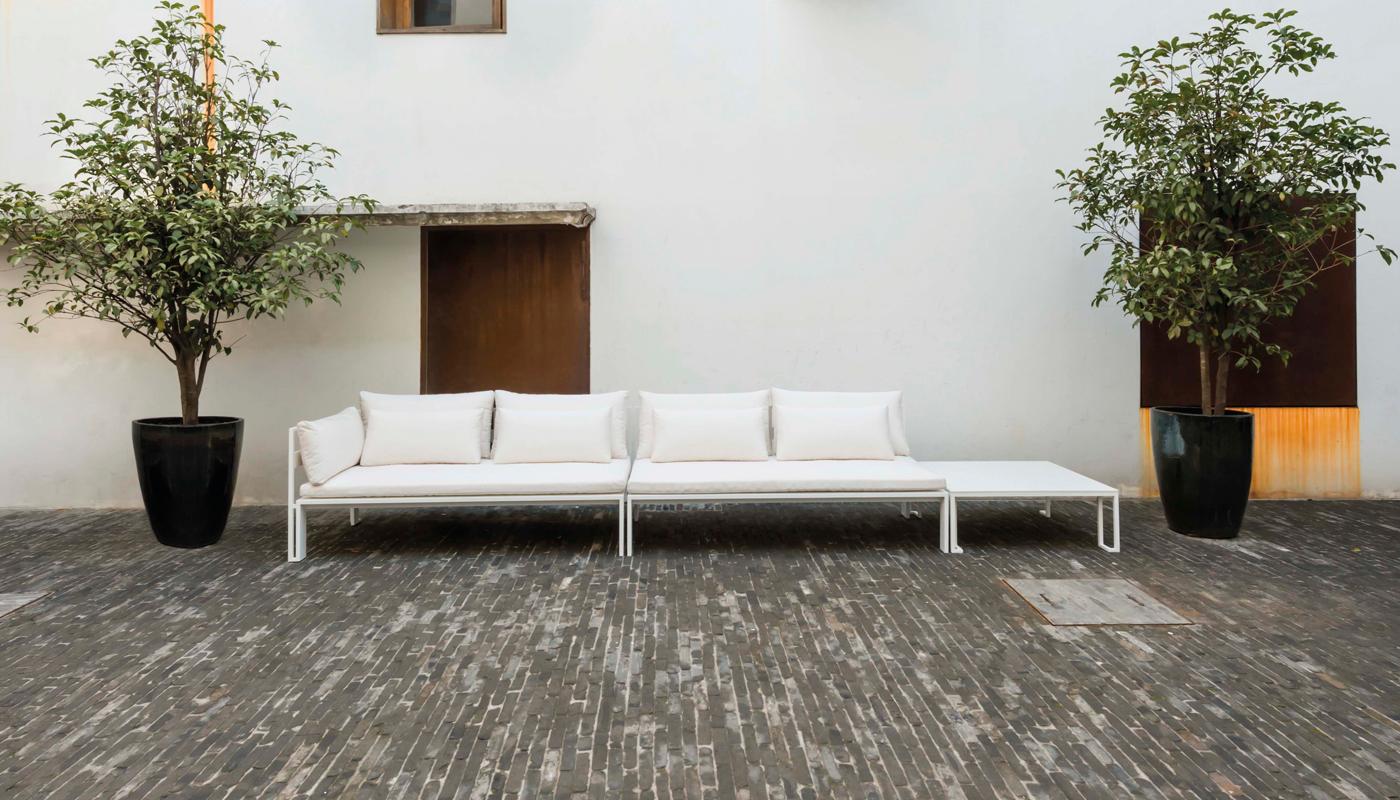 Jian Sectional Sofa