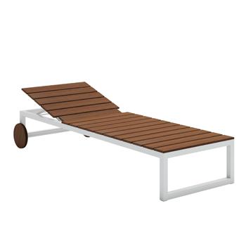 Saler Teak Chaise Lounge