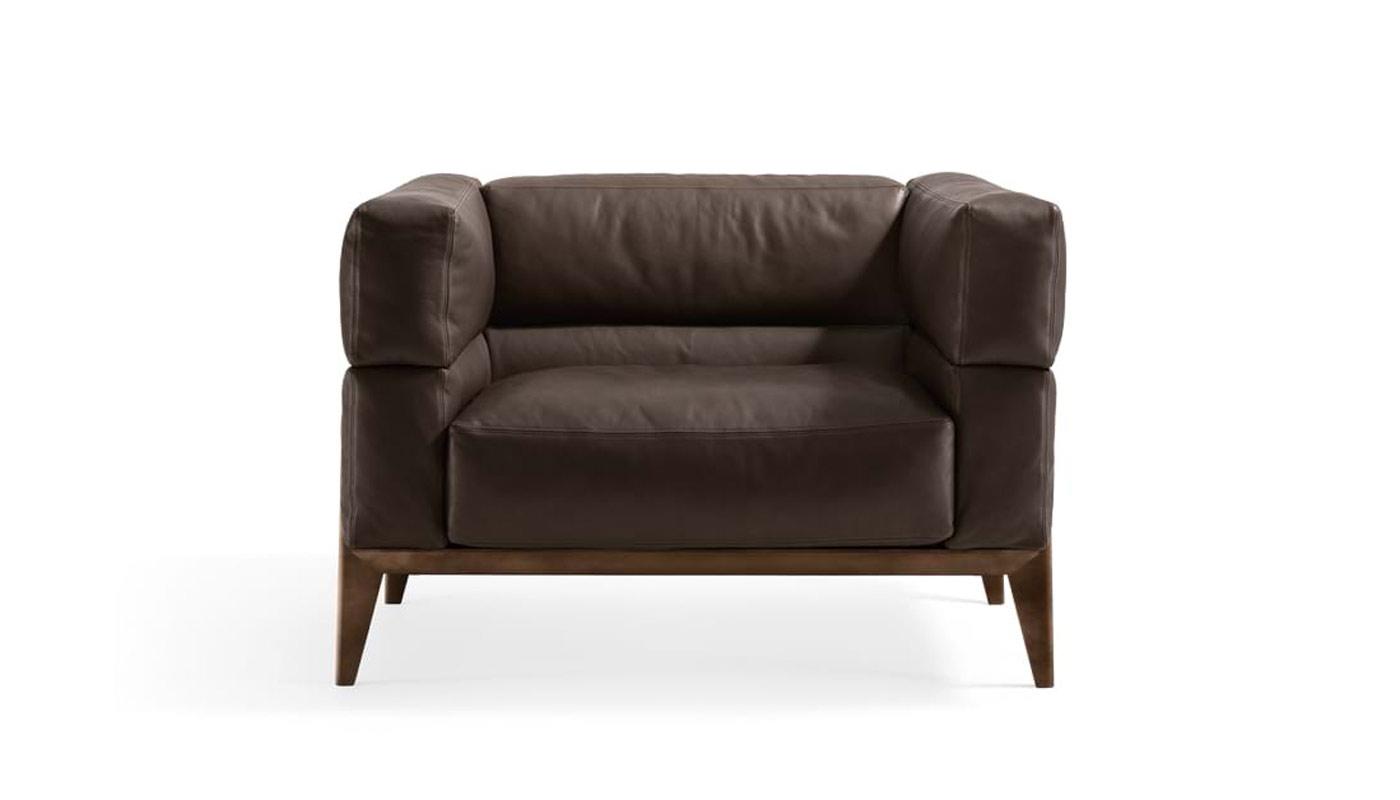 Ago Lounge Chair