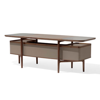 Mogul Desk