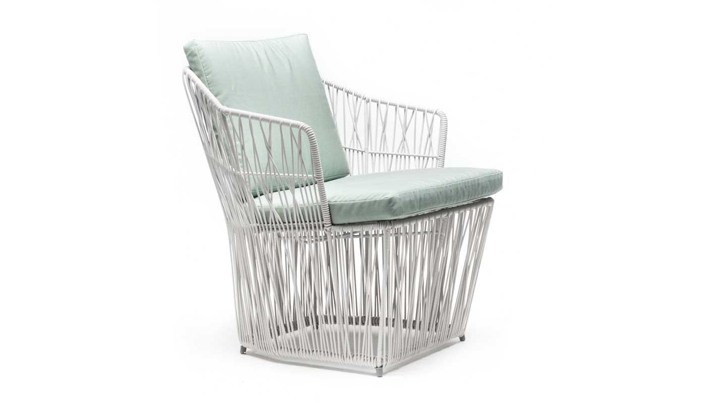 Calyx Lowback Outdoor Lounge Chair