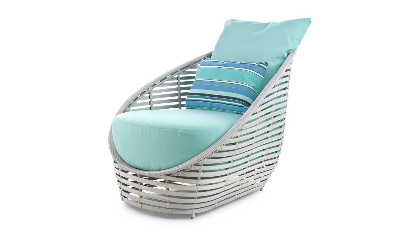 Oasis Outdoor Lounge Chair