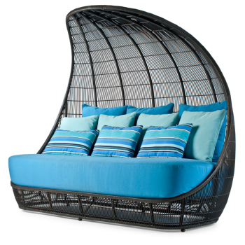 Voyage Outdoor Daybed