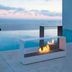 Outdoor Fireplaces & Lanterns